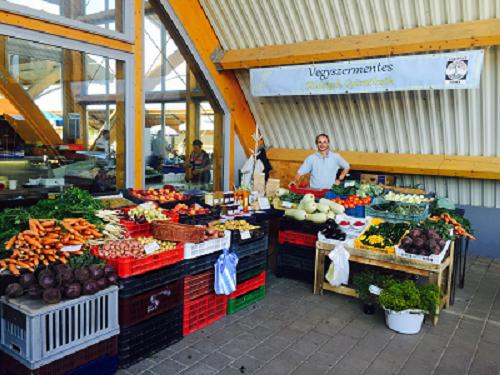 Kisberényi termék, vegyszermentes zöldség, gyümölcs, szabadontartott csirke, tojás, mangalica