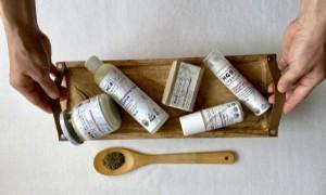 Miért jobb a natúrkozmetikum? Spórold meg magadnak a felesleges méreganyagokat!